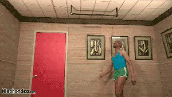 Yo haciendo ejercicios en casa