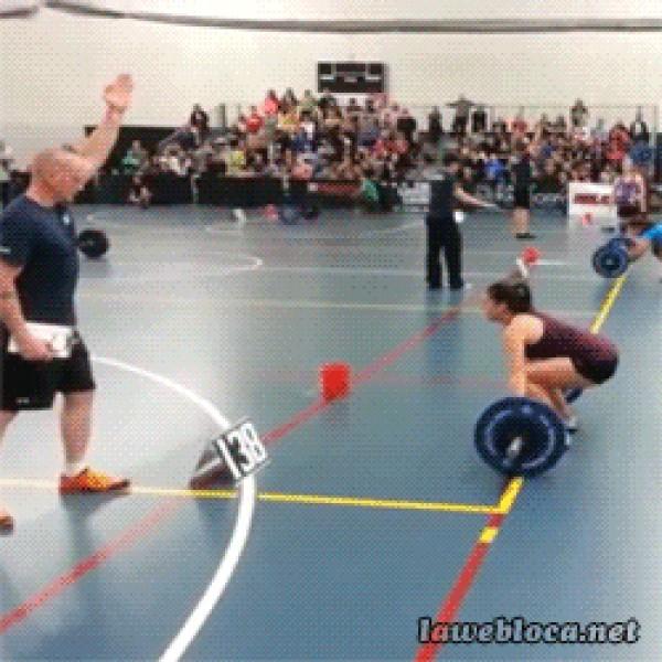 Mucho cuidado cuando levantes pesas