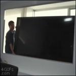 Lo que puede hacer un TV de alta definicion...Que susto!